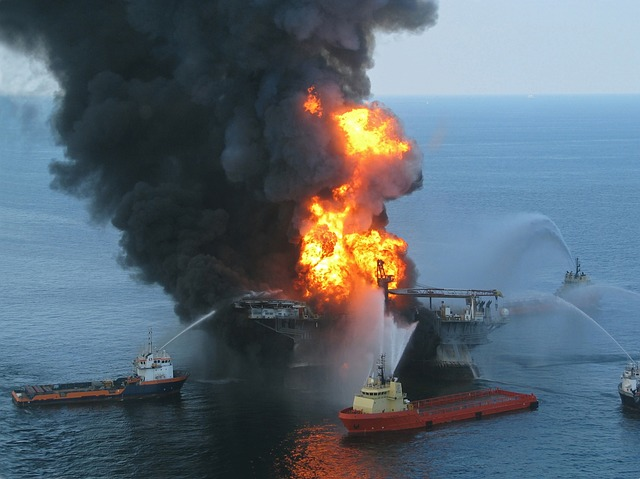 oil rig accident, oil rig explosion